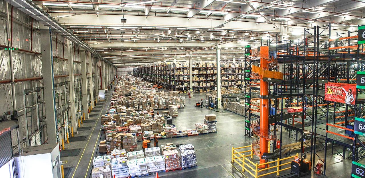 distribution-center-1136510_1280